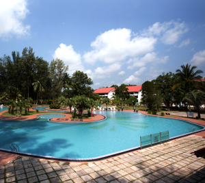 De Rhu BEach Resort - Gigantic Lagoon Pool